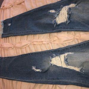 Jeans size: 28